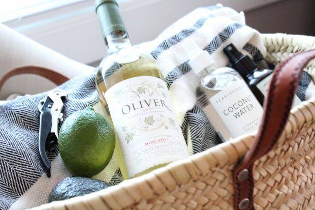 oliver-moscato-semi-sweet-wine