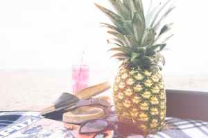 pineapple-beach-summer